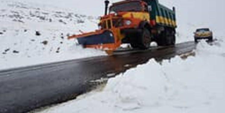 تمامی جادههای اصلی و فرعی گیلان باز است/بارش بیش از ۵۰ سانتی برف در مناطق کوهستانی گیلان