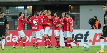 لیگ فوتبال پرتغال| پیروزی سانتاکلارا در خانه ریوآوه/مغانلو نیمکت نشین بود