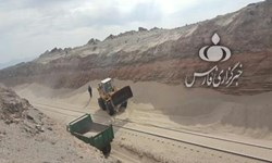 جدال خط ریلی زاهدان - کرمان با شنهای روان+فیلم و عکس