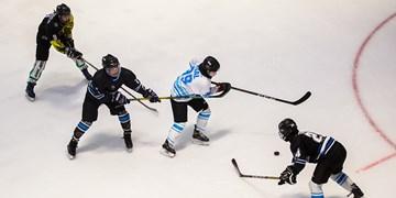 تمرین تیم ملی هاکی روی  یخ بانوان
