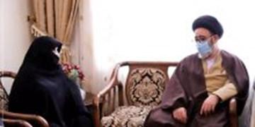 مردم از مشکلات اقتصادی و معیشتی گلایه دارند/ خون شهدا باعث نفوذ منطقهای ایرانی شده است