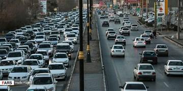 ترافیک نیمهسنگین در آزادراه کرج_ تهران/انسداد محور هراز تا ساعت ۱۷