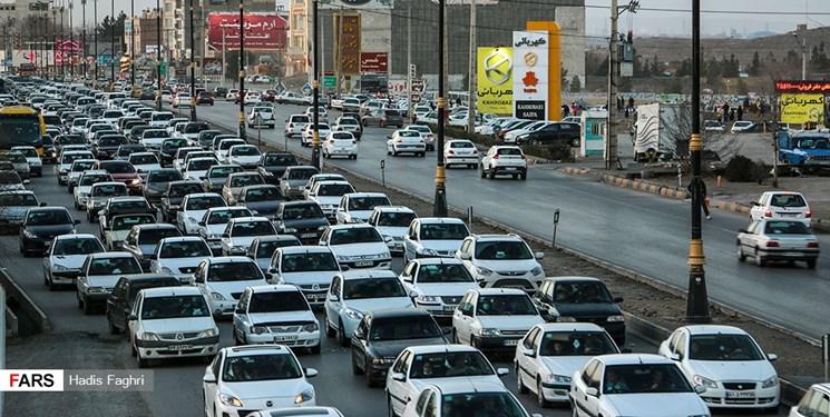 ترافیک سنگین در کندوان و هراز/آمار تردد خودرو در جادهها کاهش یافت