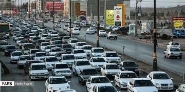 ترافیک سنگین در مسیر آزادراهی بین قزوین و تهران/ ثبت بیشترین تردد بین ساعات ۱۸ تا ۱۹