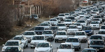 آمار تردد خودرو در جاده ها کماکان افزایشی/ ترافیک نیمه سنگین در آزادراه کرج-تهران