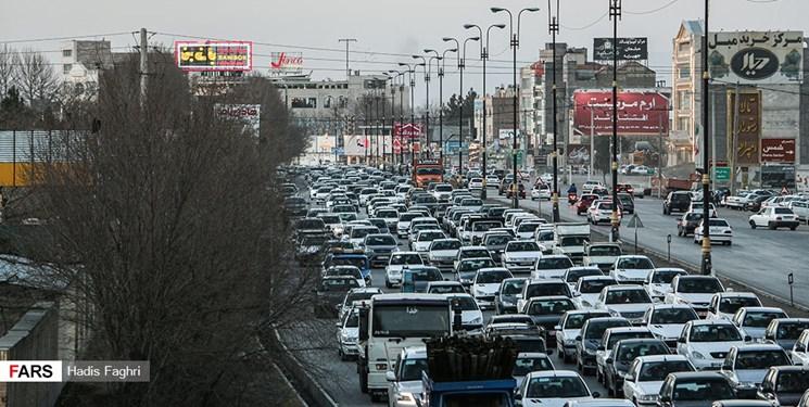 رصد تردد جاده ای خودرو با ۲۳۰۰ ترددشمار/ترافیک در آزادراه های قزوین-تهران و کرج-قزوین