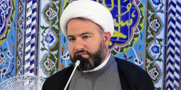 امامجمعه بهمن؛ احساس تحقیر در برابر غرب توطئه دشمنان انقلاب است