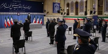 فرماندهان و کارکنان نیروی هوایی ارتش با رهبر انقلاب دیدار کردند