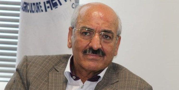پدر داماد رئیسجمهور: برچسب «سلطان موز» به من نمیچسبد/ هفتهای 5 تریلی موز وارد میکنم