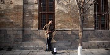 رزق حلال معلولان با دستفروشی در عصر کرونا