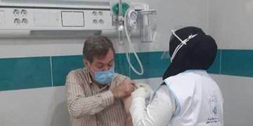 واکسیناسیون پزشکان، دندانپزشکان و پیراپزشکان بوشهر آغاز شد