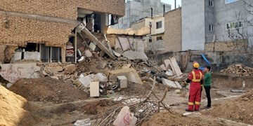 تخریب ساختمان ۲ طبقه در بجنورد در یک گودبرداری غیراصولی