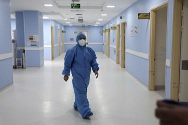 آغاز واکسیناسیون سراسری علیه بیماری کووید-19  در اردبیل/بیمارستان امام خمینی (ره) اردبیل