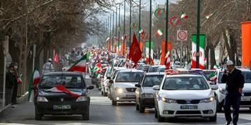 فجر ۴۲| خیابانهای همدان زیر پای کاروان خودرویی انقلاب