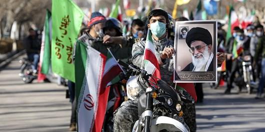 حاشیه نگاریهای متفاوت ترین راهپیمایی 22 بهمن در البرز