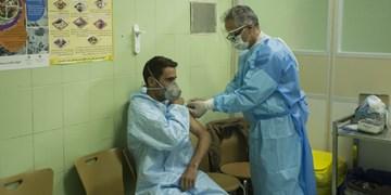 واکسینه شدن پرسنل بخشهای icu در استان مرکزی