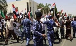 سودان با ادامه اعتراضات مردمی 30 مسئول رژیم سابق را بازداشت کرد
