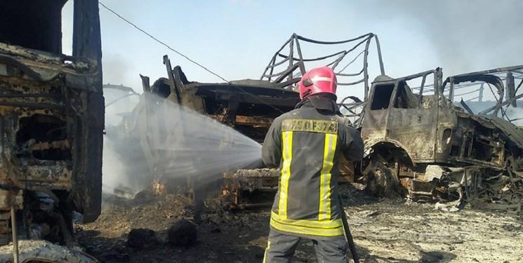 فارس من  بایکوت، بیمه، بدهی؛ از دردی که مالکان کامیونهای سوخته در «اسلامقلعه» میبرند
