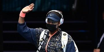 عدم حضور در کنفرانس خبری کار دست ستاره تنیس داد