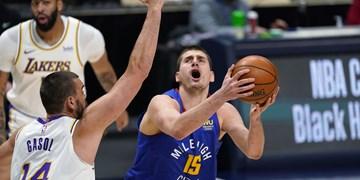 لیگ بسکتبال NBA  پیروزی دنوِر مقابل قهرمان با تریپل دبل یوکیچ