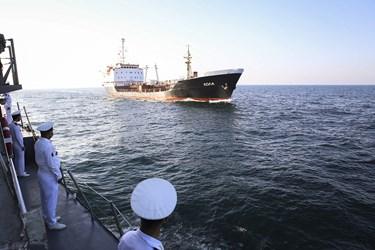 رژه یگانهای دریایی شرکتکننده در رزمایش مرکب امنیت دریایی شمال اقیانوس هند