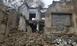 اولین جسد از دل آوار ساختمان متروکه کرمانشاه بیرون کشیده شد/ عملیات آواربرداری ادامه دارد
