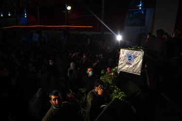 مراسم شب وداع با پیکر شهید مدافع وطن  مصطفی نوروزی در حسینیه عاشقان کربلا شهرستان ساری