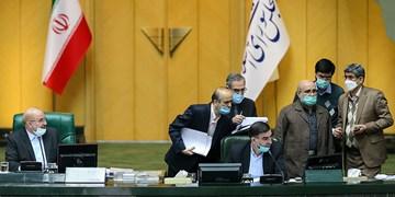 گزارش فارس از نخستین نشست بودجهای مجلس یازدهم/ از تعیین «سقف درآمدهای نفتی» تا حواله کردن ارز 4200 تومانی به فردا