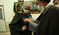 سرلشکر باقری خادم تشرفی حرم حضرت معصومه(س) شد/نیروهای مسلح با تمام توان در خدمت مردم