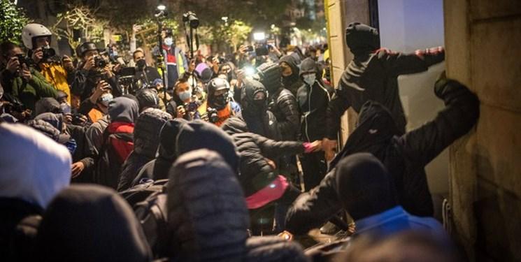 تظاهرات سراسری در اسپانیا در اعتراض به دستگیری منتقد خاندان سلطنتی