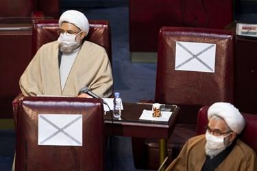 آیتالله محسن اراکی عضو پنجمین دوره مجلس خبرگان رهبری