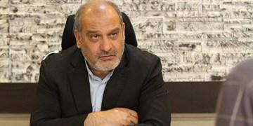 گلایههای سر بسته مومنی در مراسم معارفه مدیرعامل جدید قشم