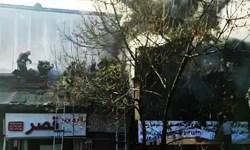آتشسوزی مهیب در خیابان شریعتی رشت/ دو آتشنشان مصدوم شدند+فیلم