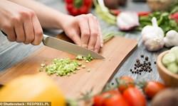 محققان: تماشای آشپزی دیگران منجر به پرخوری میشود