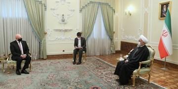 دریافت استوارنامه سفرای اسلواکی، رومانی، سنگال و غنا توسط روحانی/ تاکید بر گسترش روابط سیاسی و اقتصادی