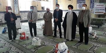 توزیع ۱۴۶۵ بسته معیشتی ویژه ایتام در فیروزآباد