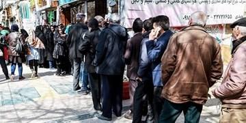 صفهای طولانی برای تهیه مایحتاج عمومی/ صمت: تاکنون در کرمانشاه با «نبود» کالایی مواجه نشدهایم