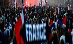 تظاهرات در پاریس علیه محدودیتهای کرونایی