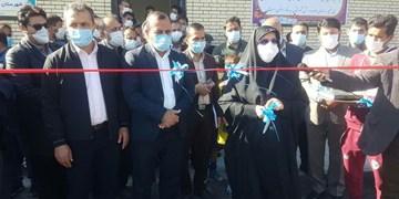 افتتاح نخستین زمین چمن مصنوعی شهرستان فیروزآباد