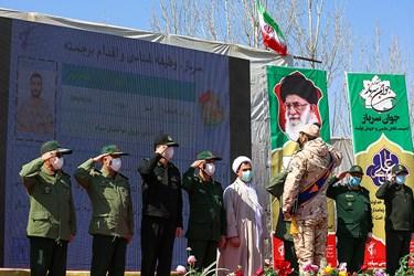 تجلیل از سربازان برگزیده در مراسم اختتامیه سیزدهمین جشنواره جوان سرباز