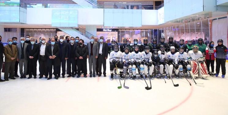 حضور رئیس کمیته ملی المپیک در اردوی تیم ملی هاکی روی یخ بانوان