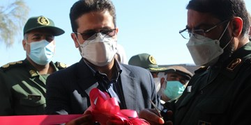 افتتاح پروژههای محرومیتزدایی سپاه در فهرج/توزیع 1000 بسته معیشتی بین نیازمندان