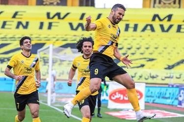 لیگ برتر فوتبال ||| سپاهان 1- ۰ گلگهر سیرجان
