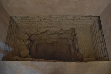 پی و فونداسیون گنبد سلطانیه فقط 40 سانتی متر بوده و از سنگ ، آجر ، ساروج و زرده تخم مرغ بنا شده است