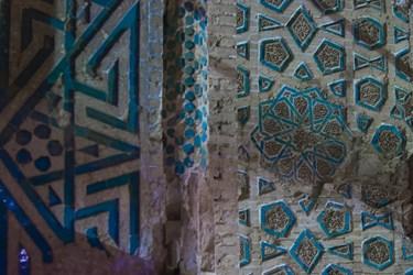 تزئینات داخلی طبقه اول بنای گنبد سلطانیه