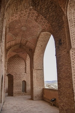 طبقه دوم گنبد سلطانیه، بزرگترین گنبد خشتی جهان