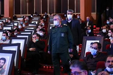 ورود سردار علی فدوی جانشین فرمانده کل سپاه به مراسم یادواره ستارگان دوکوهه