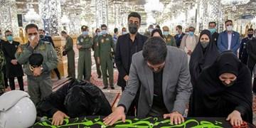 فیلم| طواف پیکر مطهر شهید بیگ محمدی در حرم مطهر رضوی