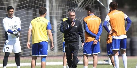 مسیگر: کمالوند گفت بر میگردم/ هیچ مذاکرهای بین باشگاه شاهین و استقلال انجام نشده است