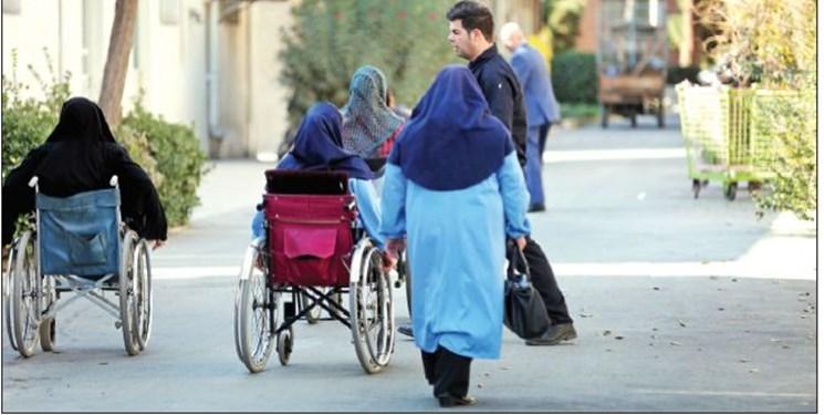 همسایه قدیمی امام رضا(ع)؛ سردبیر معلول «فارسمن» مُبلغ حجاب و چادر است